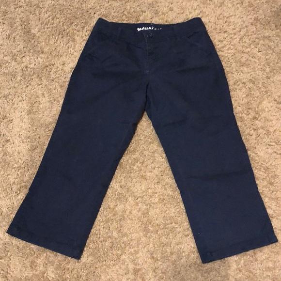 Maurices Pants - Maurices women's Sz 5/6 Capri Pant Navy